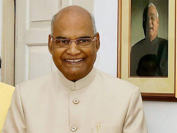President Ram Nath Kovind greets people on occasion of Chhath Pooja