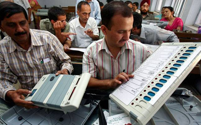 SC asks EC to file reply by Mar 28 on increasing VVPAT sample survey per assembly segment