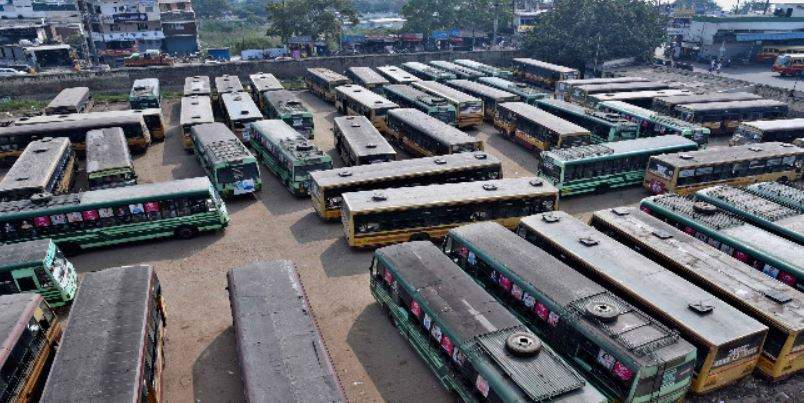 TN buses strike continues on third day despite Madras HC warning