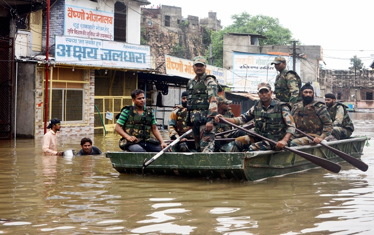 Heavy rain creates flood like situation in MP and Rajasthan
