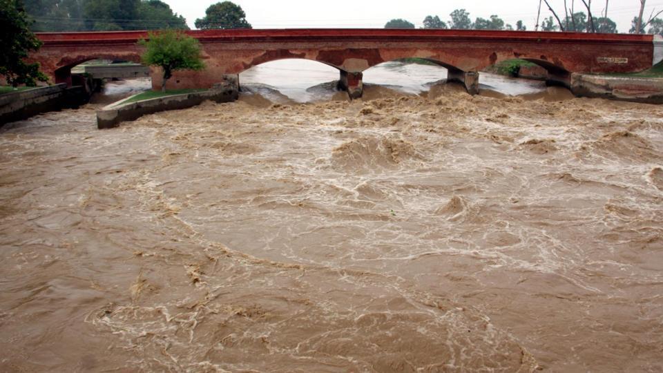 Water level in Yamuna further rises