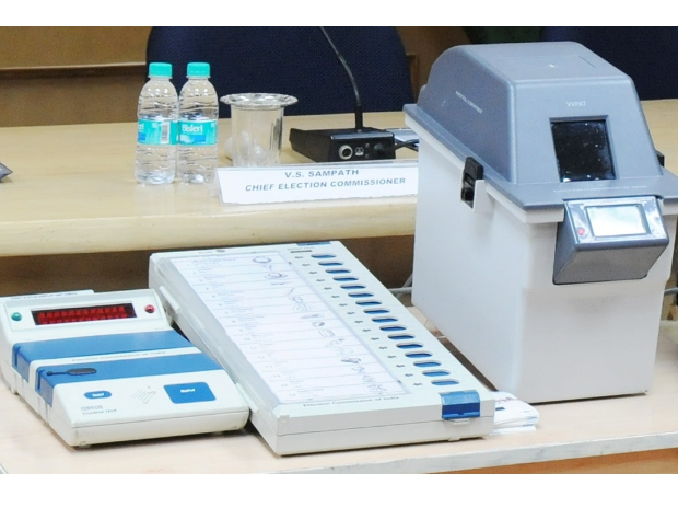 Vehicles carrying reserved EVMs, VVPATs to be fitted with GPS trackers