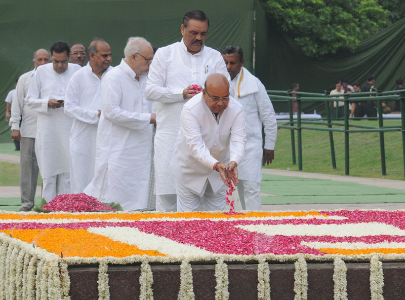 Nation pays homage to Babu Jagjivan Ram on his death anniversary