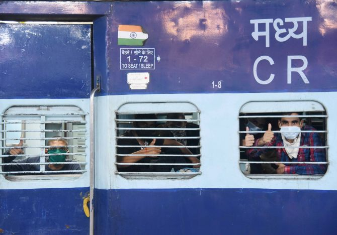 Railways distributed more than 85 lakh free meals to migrants on Shramik Special Trains