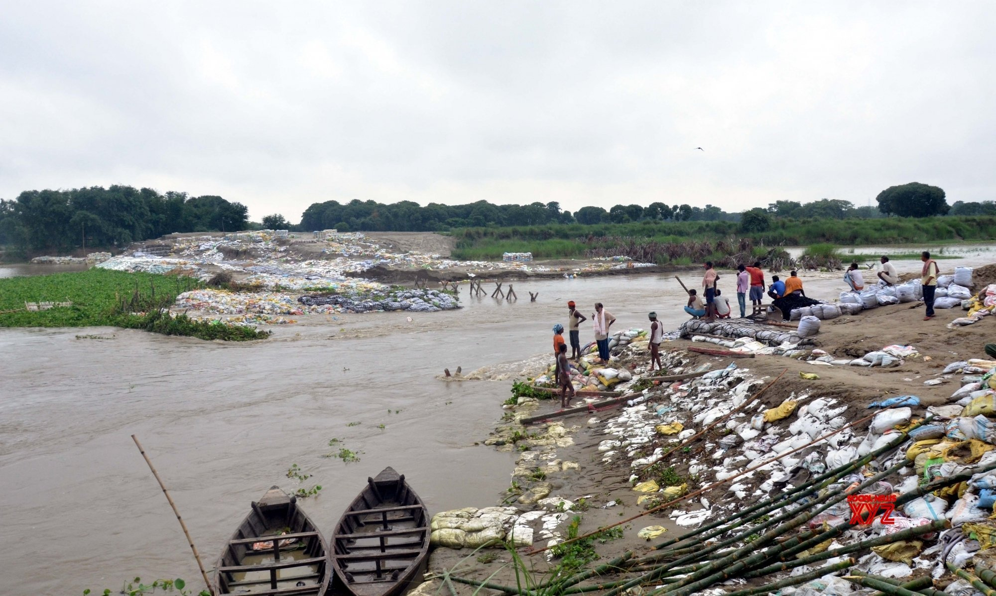 Normal life affected due to heavy rain in Bihar