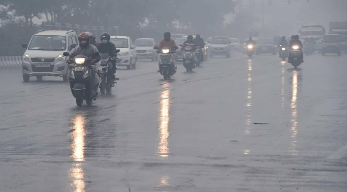 Heavy rain lashes several parts of Delhi