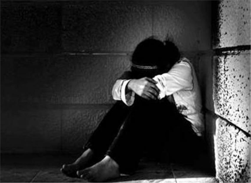 CRPF jawans  accused of molesting school girls in Dantewada