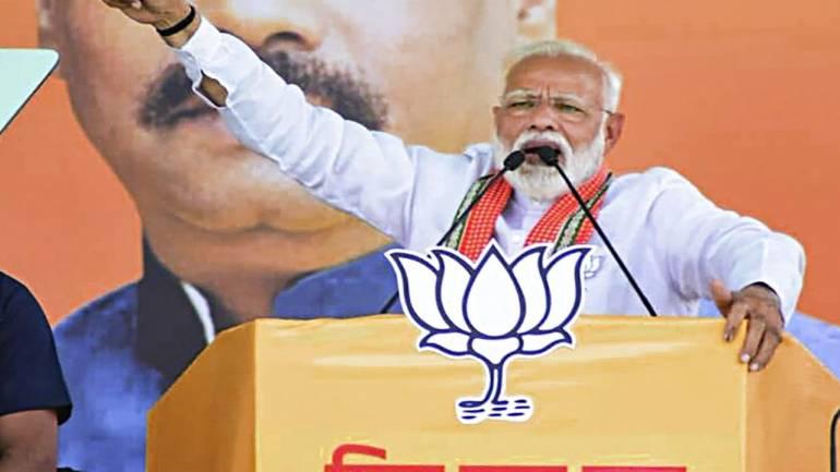 Never took help of my caste to garner votes: PM Modi mocks Mayawati, Akhilesh