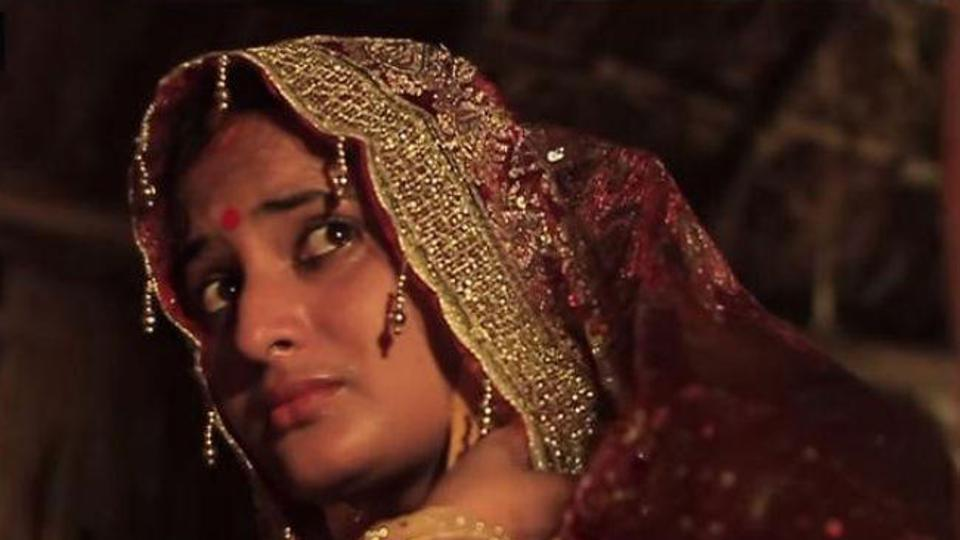 Bhojpuri film actress Manisha Rai killed in road accident in UP