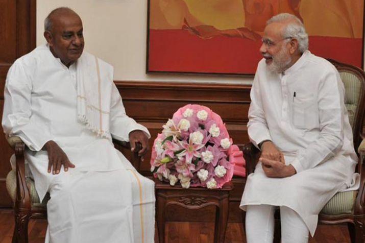 Former PM Deve Gowda greets Modi on birthday