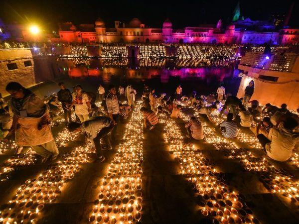 morethan5lakh51thousandearthenlampswillbelitinayodhya