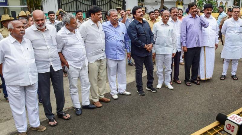 Karnataka crisis: 2 more MLAs join dissidents at Mumbai hotel
