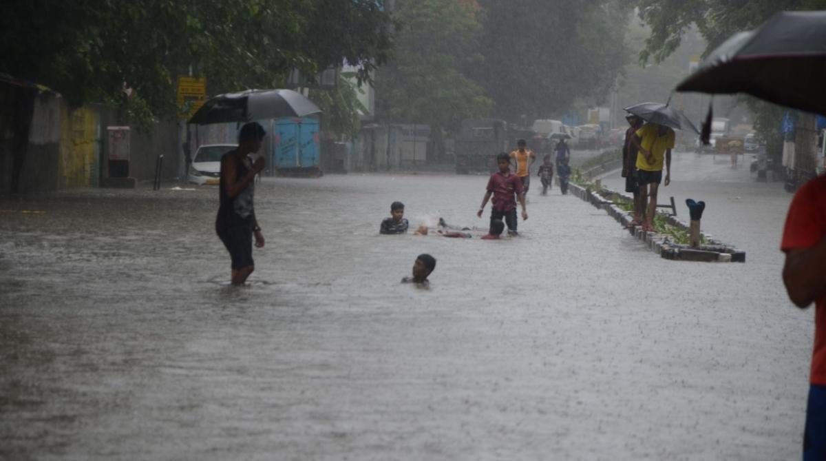 Heavy rains continue to batter Maharashtra
