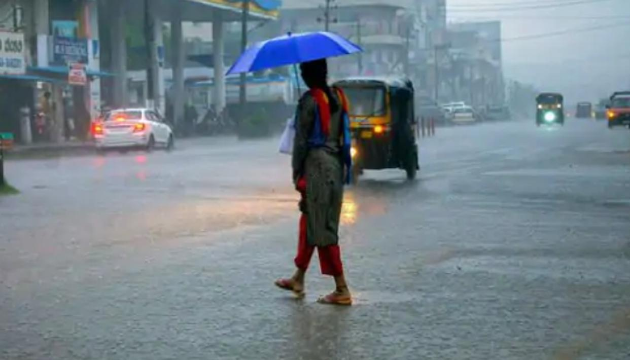 IMD says Intermittent intense rain likely in Mumbai