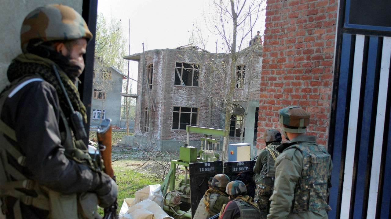 Encounter breaks out in Pulwama