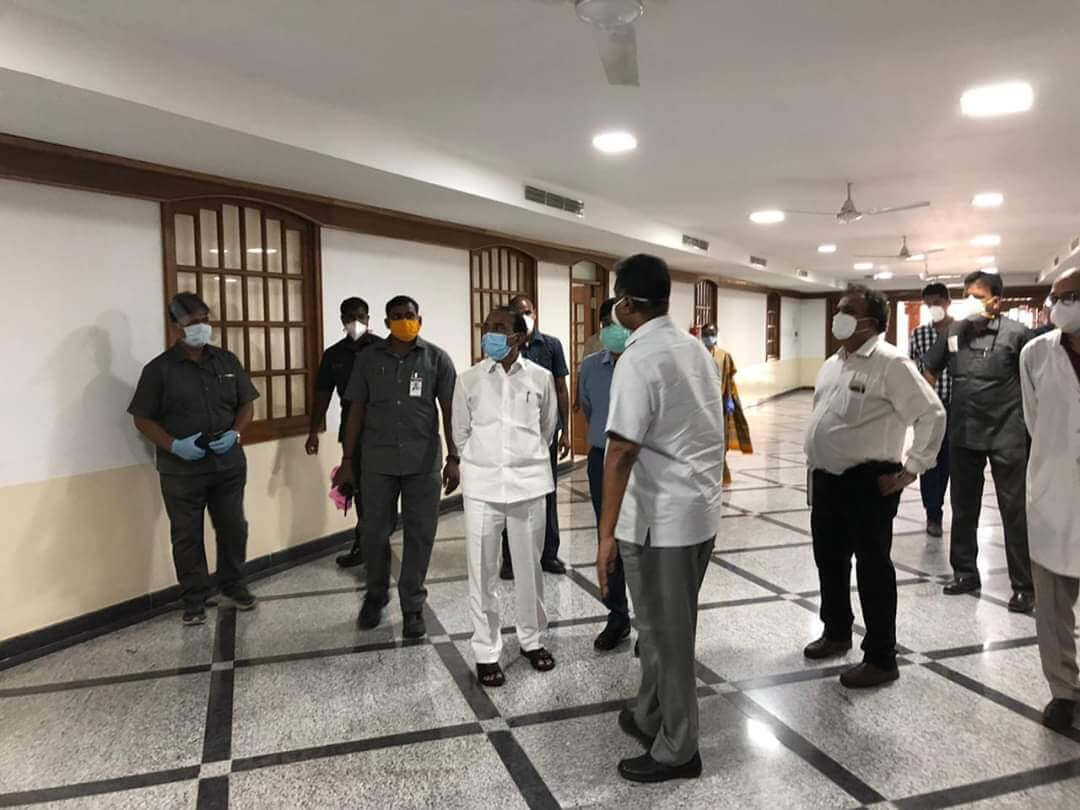 TS Health minister Eatala Rajender inspects Owaisi Hospital to make it a COVIDー19 treatment centre