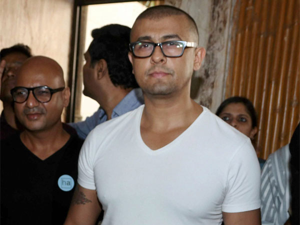 Azaan controversy: Move on, says  Sonu Nigam