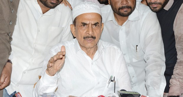 Dy.CM Mahmood Ali pleads Sushma Swaraj to increase Haj quota for Telangana