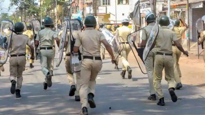 One dead, three injured after clash in Bengal
