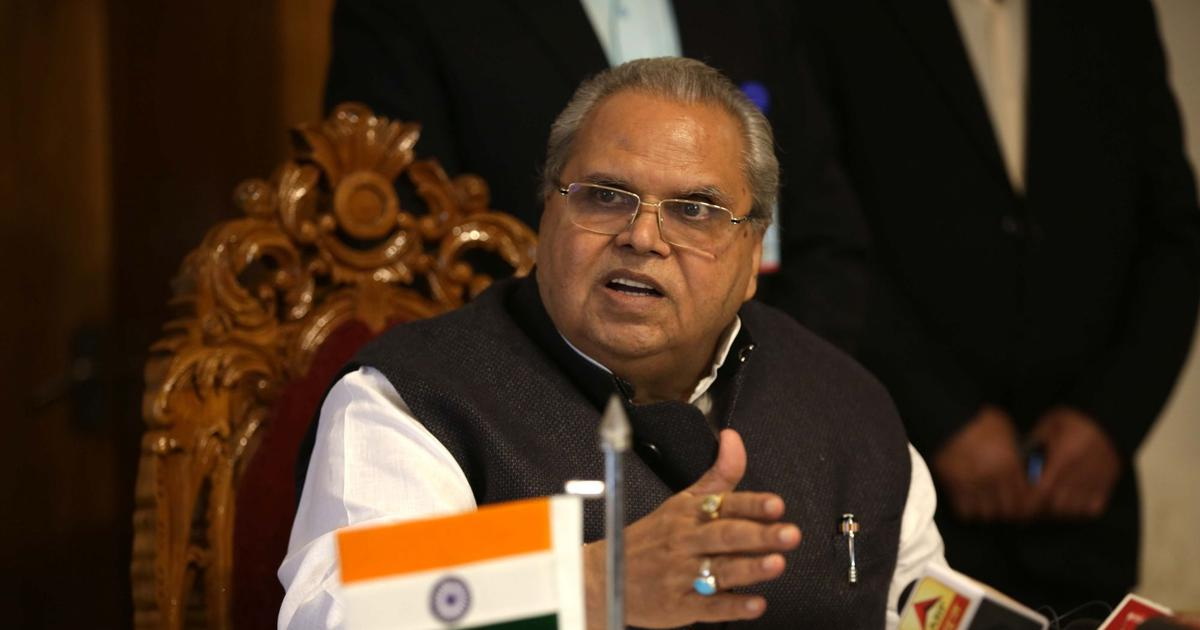 Everything is normal in Kashmir, people should not pay heed to rumours: J&K Governor