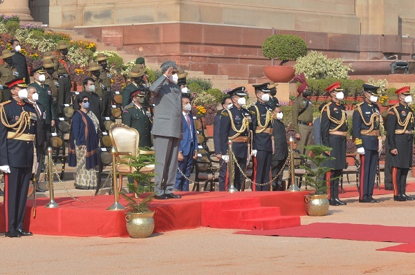 President Kovind Witnesses Ceremonial Change-Over of Army Guard Battalion