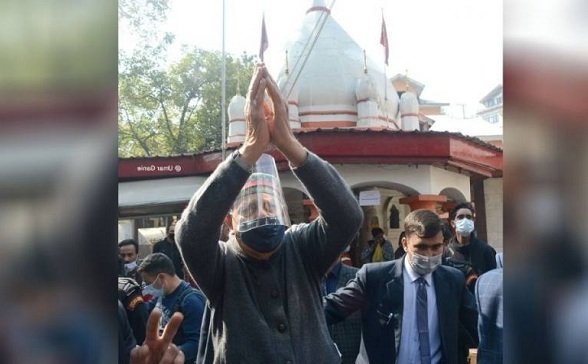 Farooq Abdullah Prays For Peace At Durga Nag Temple In JK