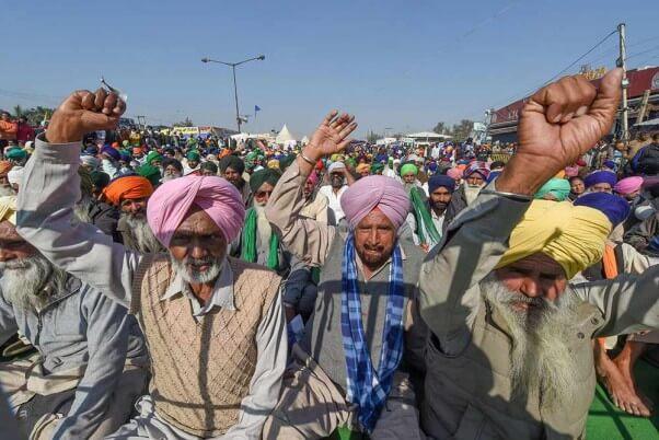 farmersprotest:punjabfarmerconsumepoisondiesbysuicideatsinghuborder