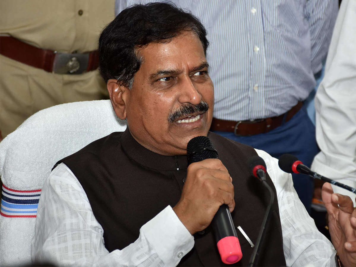 Railways MoS Suresh Angadi succumbs to novel coronavirus