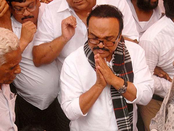 ED arrests Chhagan Bhujbal in Maharashtra Sadan scam