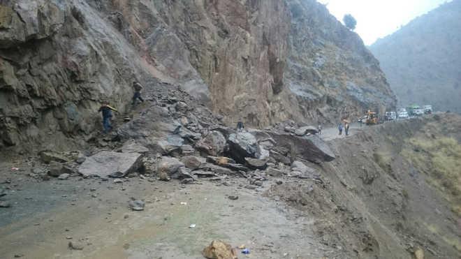 Two killed in landslide in Jammu