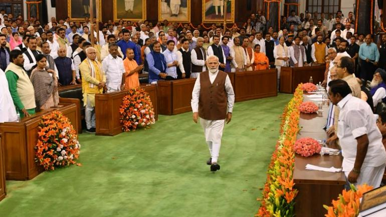 PM Modi to take oath as Prime Minister along with new council of ministers at 7 PM today