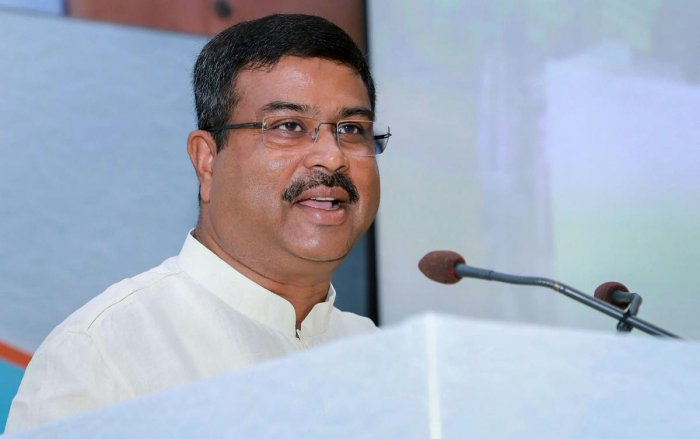 India to have 10,000 CNG stations in next 5 years: Dharmendra Pradhan