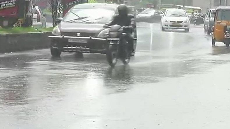 Met dept predicts heavy to very heavy rain in next 48 hours in UP and Bihar