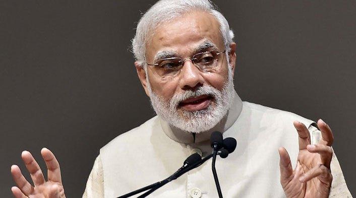 Govt receives tremendous support to curb black money: Modi