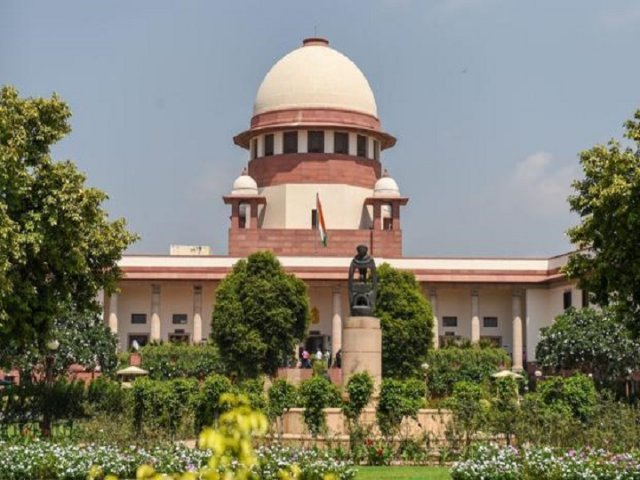 SC to hear plea of 15 rebel MLAs of Karnataka today