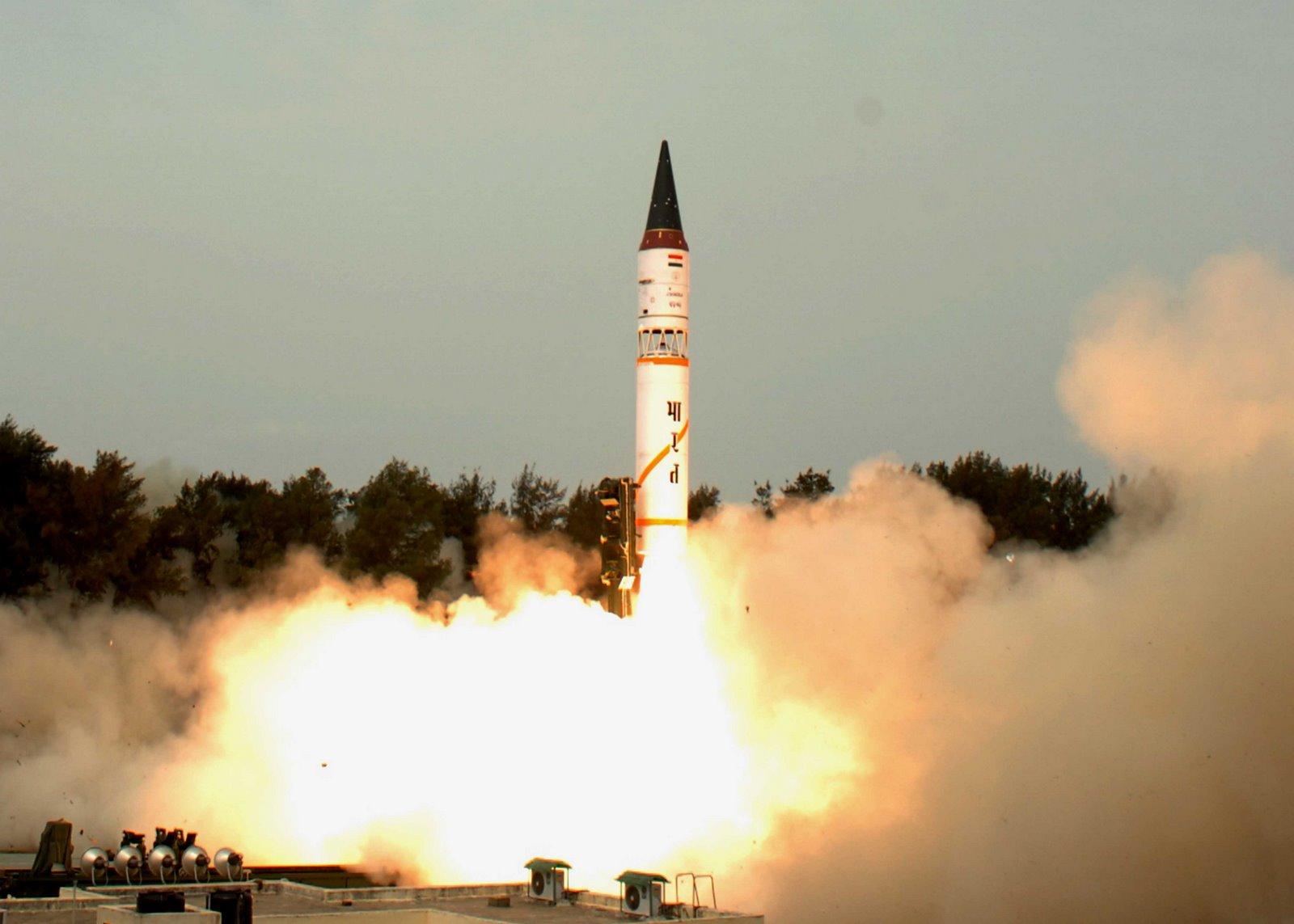 India successfully test-fires nuclear capable ballistic Agni-1