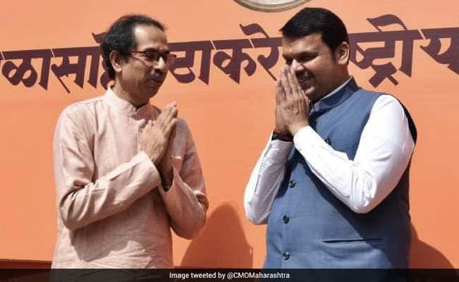 Maharashtra CM Fadnavis meets Thackeray to discuss proposed cabinet expansion