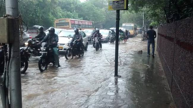 Heavy rain lashes parts of Tamil Nadu