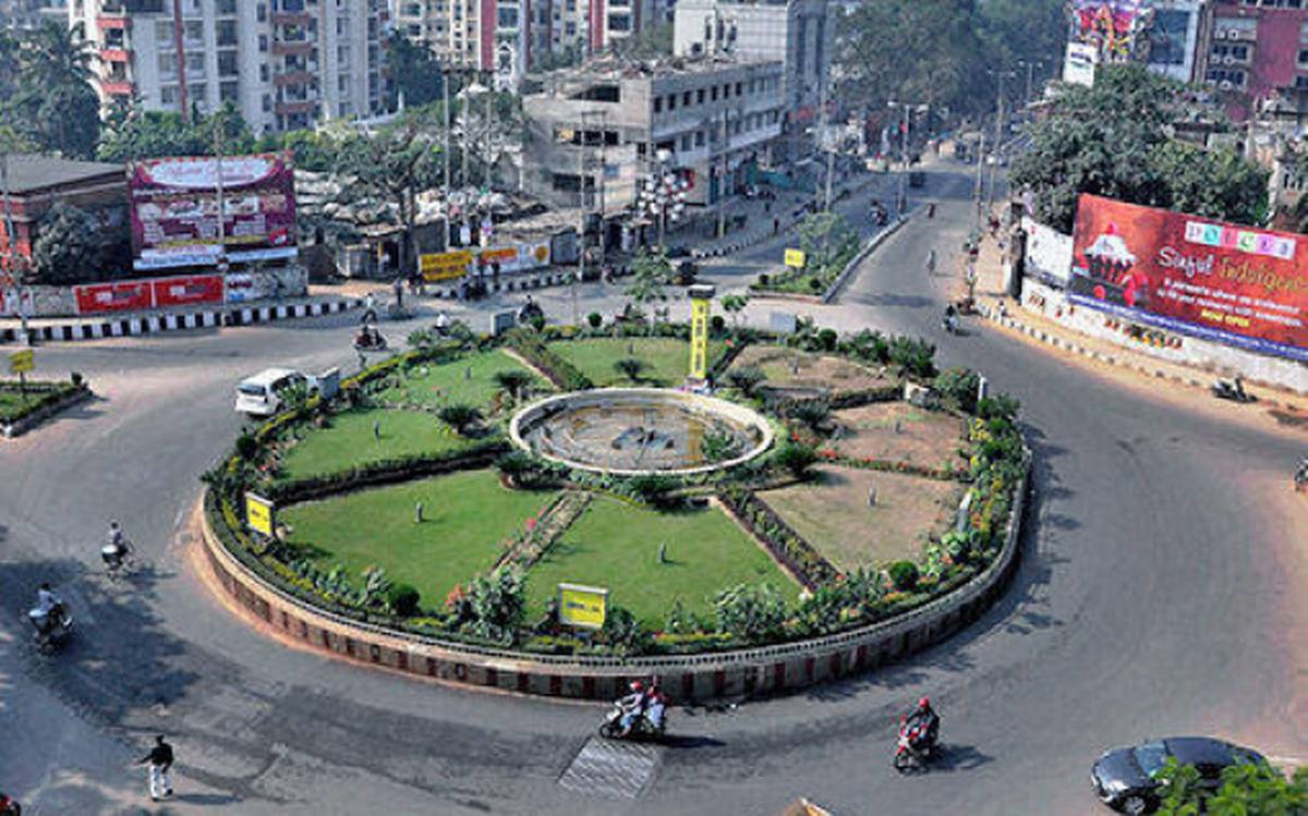 Guwahati in grip of uncertainty