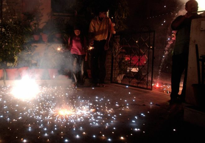Firework sales banned in Delhi for Diwali