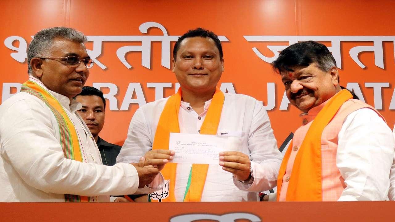 TMC MLA Wilson Champramary join BJP