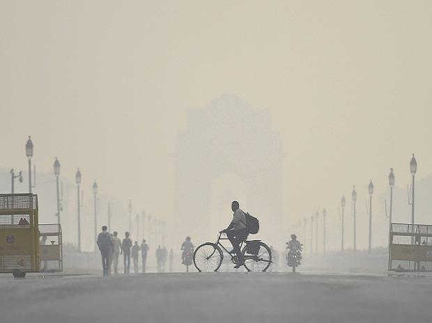 Air quality remains poor in Delhi