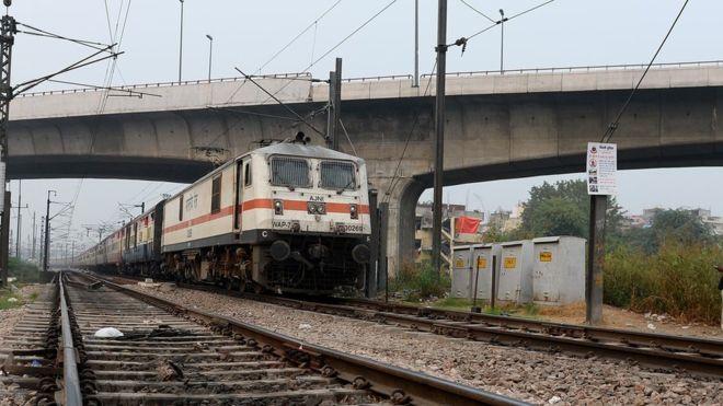 India teenagers die taking selfies with train