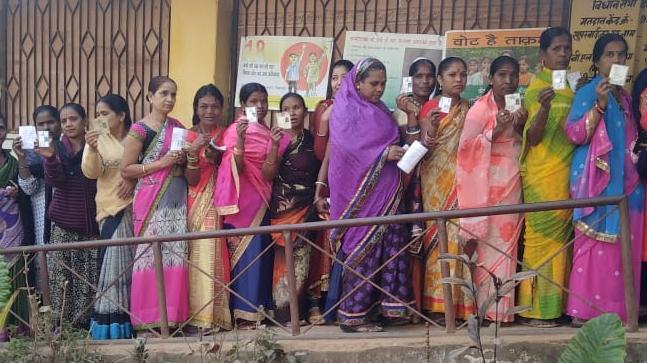 30 pc polling till noon in Chhattisgarh