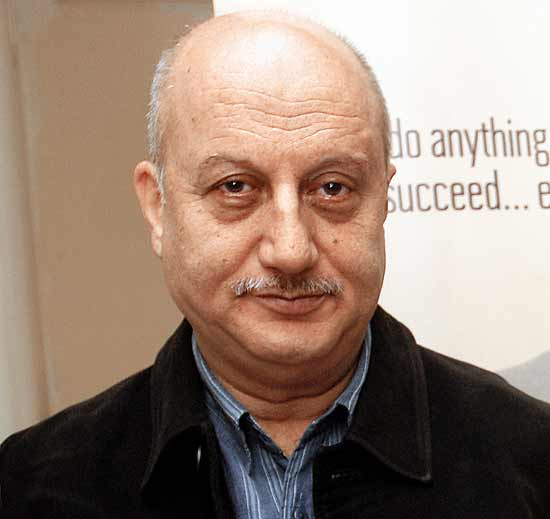 Pakistan denies visa to Anupam Kher