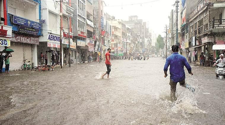 6 dead as heavy rains hit Vadodara