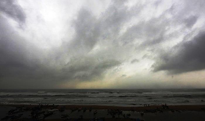 Cyclone 'Vardah' may intensify in the Andaman Island today