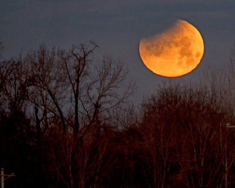 Partial Lunar eclipse tonight; Visible in India