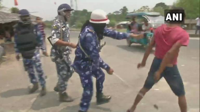 Fresh clashes break out in trouble-hit Bhatpara; many injured
