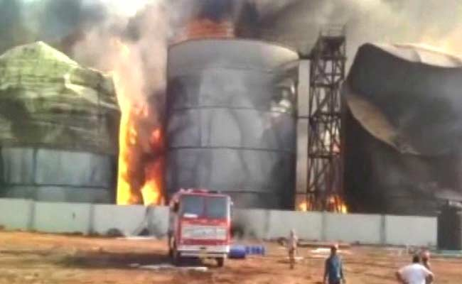 Huge fire in Visakhapatnam